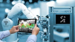 Augmented reality – digital transformation in industrial manufacturing